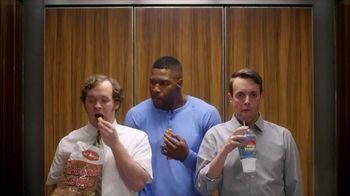 Metamucil Health Bar TV Spot, \'Elevator\' Featuring Michael Strahan