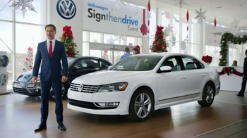 Volkswagen Sign Then Drive Event TV Spot, 'The Holiday Season is Here' - Thumbnail 1