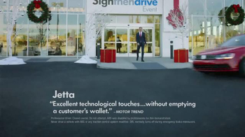 Volkswagen Sign Then Drive Event TV Spot, 'The Holiday Season is Here' - Thumbnail 4