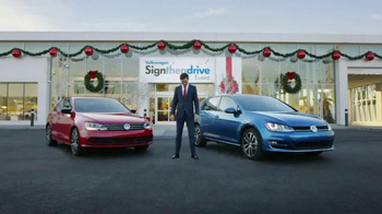 Volkswagen Sign Then Drive Event TV Spot, 'The Holiday Season is Here' - Thumbnail 8