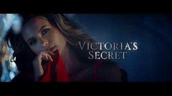 Victoria's Secret Dream Angels TV Spot, 'Holiday 2014' Song by Blood Orange - Thumbnail 10