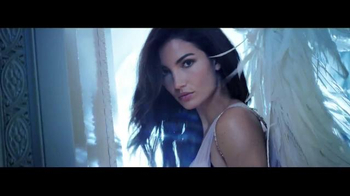 Victoria's Secret Dream Angels TV Spot, 'Holiday 2014' Song by Blood Orange - Thumbnail 6