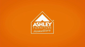 Ashley Furniture Homestore Here Come the Holidays Event TV Spot, 'Buckles' - Thumbnail 6