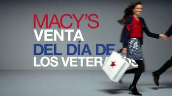 Macy's Venta del Día de los Veteranos TV Spot, 'Ahorros' [Spanish] - Thumbnail 1