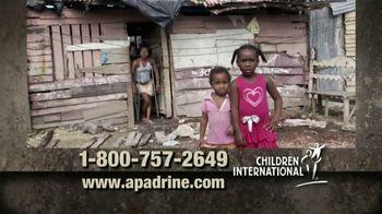 Children International TV Spot, 'Necesitamos Personas' [Spanish]