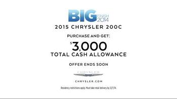 2015 Chrysler 200 TV Spot, 'Big Finish Event' Song by Fergie ft. YG - Thumbnail 9