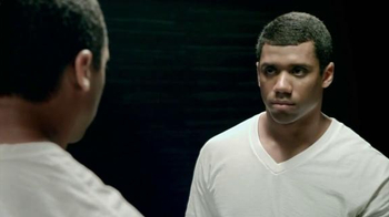 Braun TV Spot, 'Face Yourself' Featuring Russell Wilson - Thumbnail 4