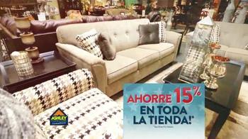 Ashley Furniture Homestore TV Spot, 'Día de Los Veteranos' [Spanish] - Thumbnail 4