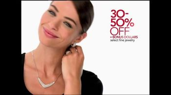 Macy's Holiday Preview Sale TV Spot, 'Save Storewide' - Thumbnail 4