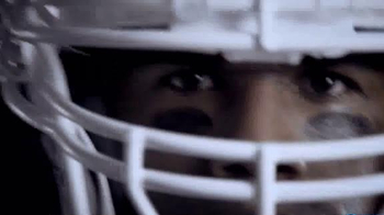 Mississippi Power TV Spot, 'From Power Lines to the Line of Scrimmage' - Thumbnail 4