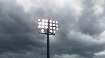 Mississippi Power TV Spot, 'From Power Lines to the Line of Scrimmage' - Thumbnail 5