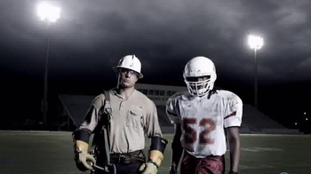 Mississippi Power TV Spot, 'From Power Lines to the Line of Scrimmage' - Thumbnail 8