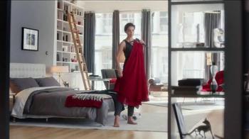 Olay Regenerist TV Spot Featuring Katie Holmes - Thumbnail 3