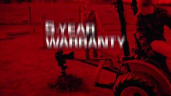 Mahindra Red Ribbon Holiday Sale TV Spot, 'Max and eMax' - Thumbnail 7