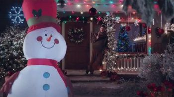 Lowe's TV Spot, 'How to Make a Snowman While Eating a Turkey Leg' - 1569 commercial airings