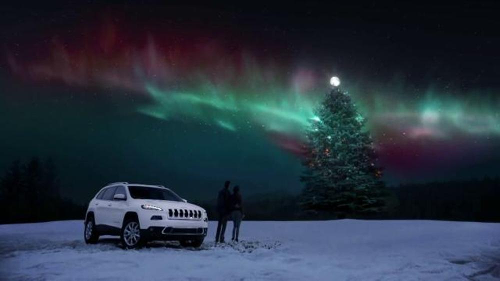 Christmas Jeep.Jeep Cherokee Tv Commercial Big Finish Christmas Lights Video
