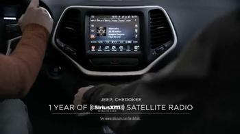 Jeep Cherokee TV Spot, 'Big Finish: Christmas Lights' - Thumbnail 5