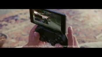 Sony Xperia TV Spot, 'Roof' - Thumbnail 3