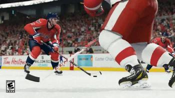 EA Sports NHL 15 TV Spot, 'Go for the Shot' - Thumbnail 5