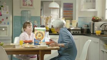 Honey Bunches of Oats TV Spot, 'Abuelita' [Spanish] - Thumbnail 9