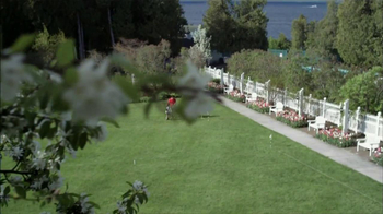 Pure Michigan TV Spot, 'Mackinac Island' - Thumbnail 8