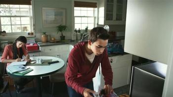 Totino's Pizza Rolls TV Spot, 'Esquivar Preguntas' [Spanish] - Thumbnail 3