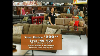 Big Lots Featured Deals TV Spot, 'Sofas, Mattress Sets' - Thumbnail 7