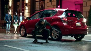Toyota Prius C TV Spot, 'Ninjas' [Spanish] - Thumbnail 3