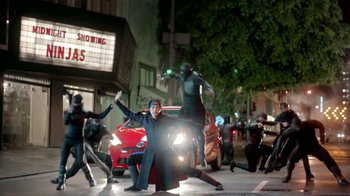 Toyota Prius C TV Spot, 'Ninjas' [Spanish] - Thumbnail 4