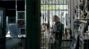 DIRECTV TV Spot, 'Wig Shop' - Thumbnail 7