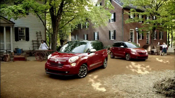 FIAT 500L TV Spot 'The Italians are Coming' Song by T.Rex - Thumbnail 10