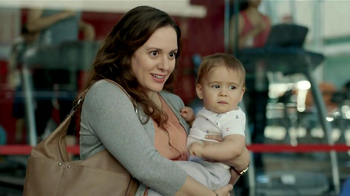 Ford Escape TV Spot, 'Manos Extra: Mamá' [Spanish] - Thumbnail 2