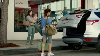 Ford Escape TV Spot, 'Manos Extra: Mamá' [Spanish] - Thumbnail 5