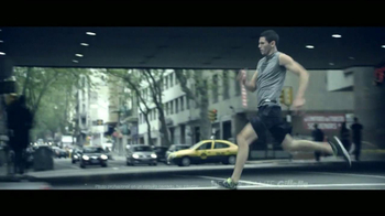 Gillette Clear Gel TV Spot, 'Taxi' [Spanish] - Thumbnail 6