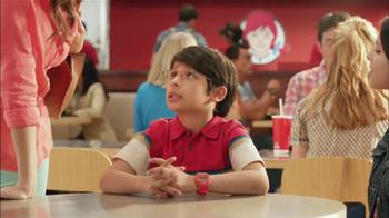 Wendy's Berry Almond Chicken Salad TV Spot [Spanish] - Thumbnail 2