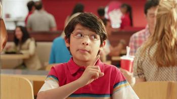 Wendy's Berry Almond Chicken Salad TV Spot [Spanish] - Thumbnail 3