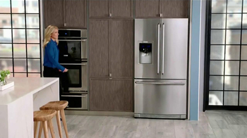 Electrolux French Door Refridgerator TV Spot Featuring Kelly Ripa - Thumbnail 1