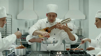 Ford Fusion TV Spot, 'Manos Extra: Chef' [Spanish] - Thumbnail 8