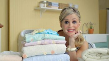 Downy Unstopables TV Spot Featuring Amy Sedaris