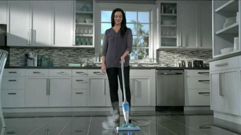 Swiffer Bissell SteamBoost TV Spot, 'Takeoff' - Thumbnail 7