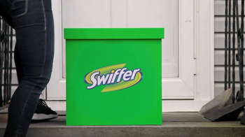 Swiffer Sweeper TV Spot, 'How Much Dirt Can You Manufacture?' - Thumbnail 4