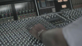 Samsung Galaxy TV Spot, 'Feeling It' Featuring Jay-Z - Thumbnail 2