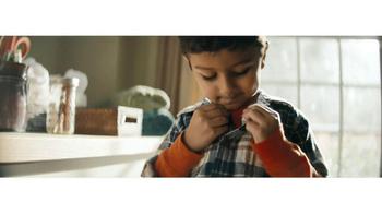 Procter & Gamble TV Spot, 'Everyday Effect' - Thumbnail 6