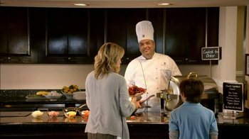 Embassy Suites Hotels TV Spot, 'What You Want' - Thumbnail 6