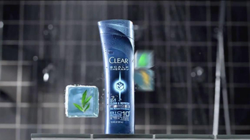 Clear Men Scalp Therapy TV Spot Featuring Tony Gonzalez - Thumbnail 6