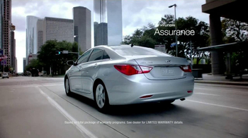 Hyundai Sonata TV Spot, '10 Years: Man' - Thumbnail 4