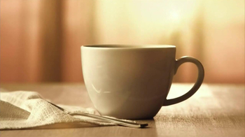 Folgers Gourmet K-Cup Packs TV Spot, 'Morning Breeze' - Thumbnail 1