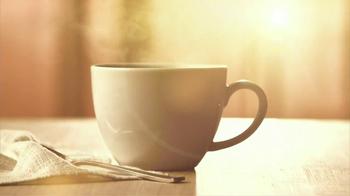 Folgers Gourmet K-Cup Packs TV Spot, 'Morning Breeze' - Thumbnail 2