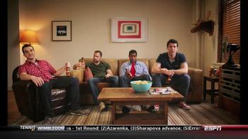 Redd's Apple Ale TV Spot, 'Neighbor' - Thumbnail 4