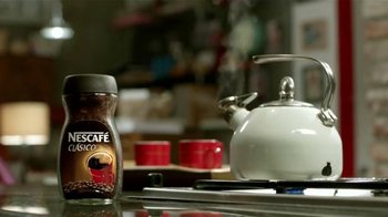 Nescafe Clásico TV Spot, 'Coffee o Café' [Spanish] - Thumbnail 1